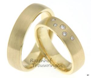 Geelgouden trouwringen met diamanten