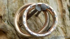 Unieke trouwringen met schitterende diamanten